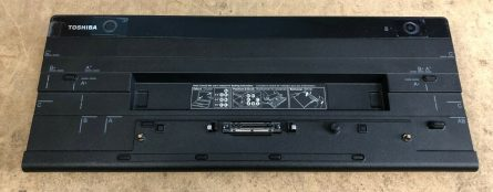 Toshiba Hi-Speed Port Replicator III Docking Station PA5116C-2PRP